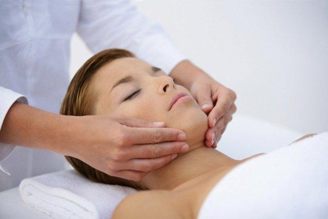 estetica-beleza-dermatologia-mulher-saude-reino